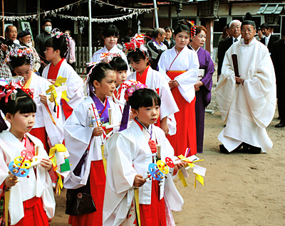Image Gallery shinto festivals